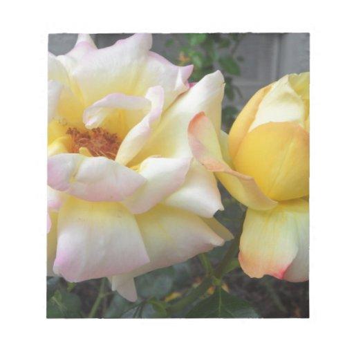 Rosas amarillos libretas para notas