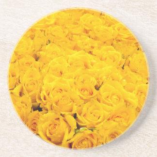 Rosas amarillos posavasos diseño