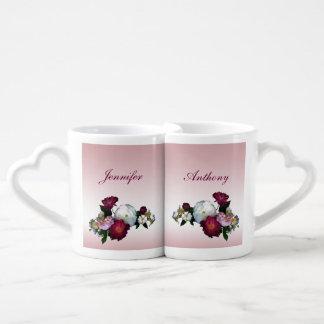 Rosas antiguos que casan las tazas de los amantes taza para enamorados