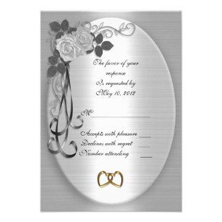 Rosas blancos de la tarjeta de la respuesta de RSV Comunicado Personalizado