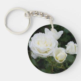 Rosas blancos llavero redondo acrílico a una cara