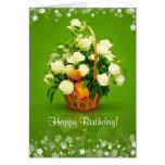 Rosas blancos para el feliz cumpleaños tarjeta