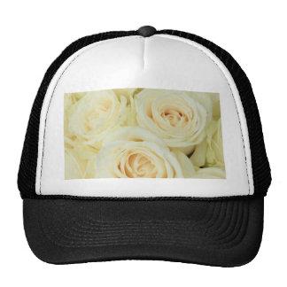 Rosas blancos por Therosegarden Gorra