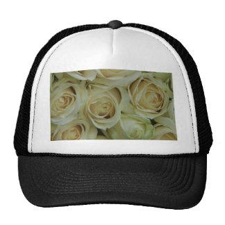 Rosas blancos por Therosegarden Gorros Bordados