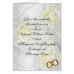 Rosas blancos y perlas de la invitación del boda felicitaciones