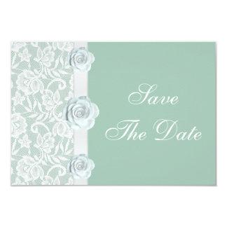 Rosas blancos y reserva de la verde menta del invitación 8,9 x 12,7 cm