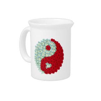 Rosas blancos y rojos Yin Yang Jarra Para Bebida