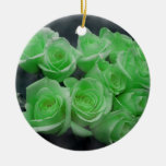 Rosas colorized verde del manojo adorno