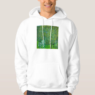 Rosas de Gustavo Klimt debajo de la sudadera con c