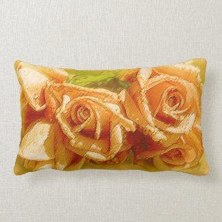 Rosas de la acuarela del melocotón en la almohada