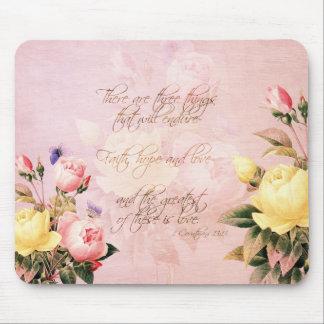 Rosas de la esperanza y del amor de la fe mouse pad