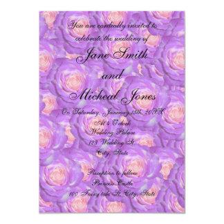 Rosas de la púrpura del monograma del boda comunicado personal