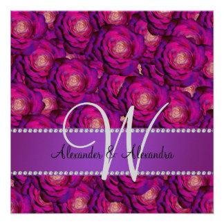 Rosas de la púrpura del monograma del boda comunicados