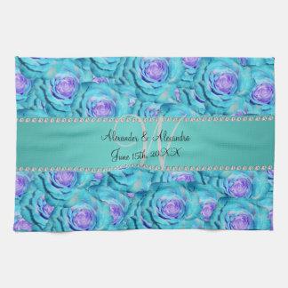 Rosas de la turquesa del monograma del boda toalla de mano