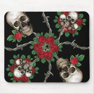 Rosas de los cráneos n tapete de raton