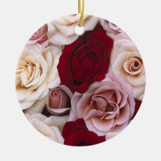 Rosas de navidad ornamente de reyes