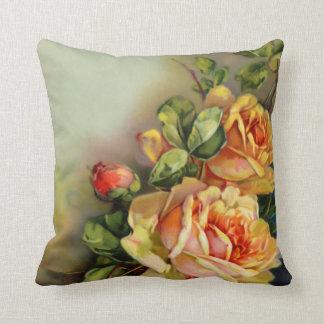 Rosas de oro del vintage almohadas