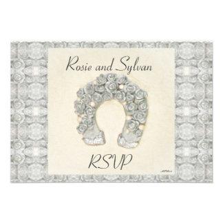 Rosas de plata RSVP que se casa de herradura Invitación Personalizada