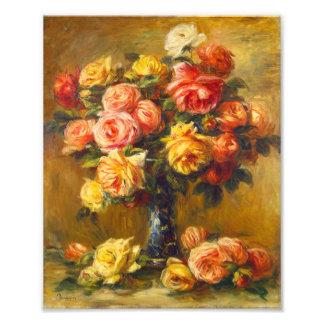 Rosas de Renoir en una impresión del florero Cojinete