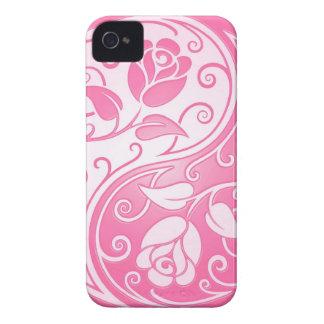 Rosas de Yin Yang, rosados iPhone 4 Carcasa