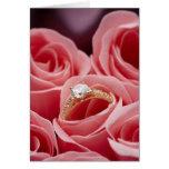 Rosas del anillo de diamante tarjeta