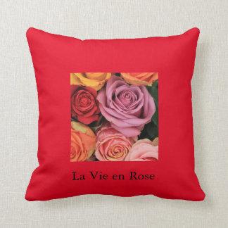 """""""rosas del arco iris"""" por Therosegarden Cojines"""