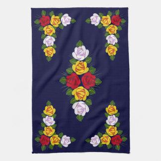 Rosas del canal toalla de cocina