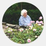 Rosas del corte de la abuela pegatina