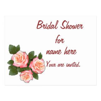 Rosas del melocotón que casan la ducha nupcial tarjeta postal