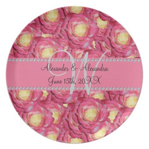 Rosas del rosa del monograma del boda plato de comida
