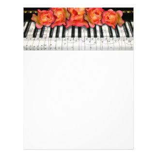 Rosas del teclado de piano y notas de la música plantillas de membrete