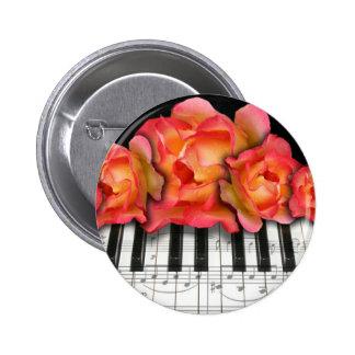 Rosas del teclado de piano y notas de la música pin redondo de 2 pulgadas