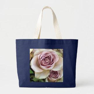 Rosas deliciosos de la lavanda bolsa tela grande