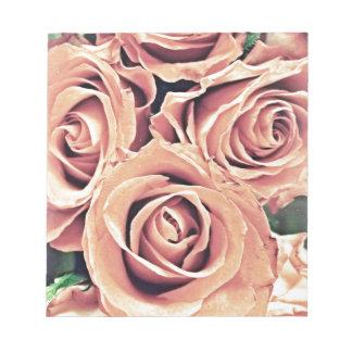Rosas descolorados bloc de notas