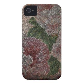 Rosas descolorados del rosa del Victorian y cuero iPhone 4 Case-Mate Cárcasa