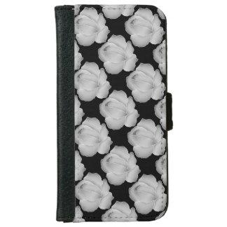 Rosas elegantes de los gris plateados en negro o carcasa de iPhone 6