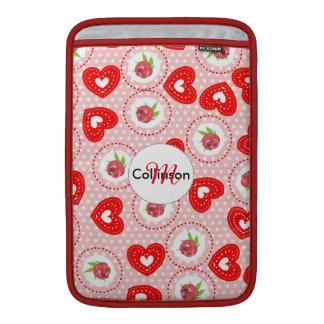 Rosas elegantes lamentables del estilo y corazones funda  MacBook