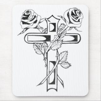 Rosas en cruz tapetes de ratón