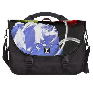 Rosas en la bolsa de mensajero abstracta bolsa para ordenador