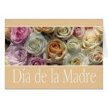 rosas españoles del pastel del día de madre felicitaciones