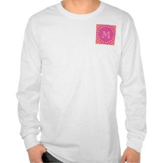Rosas fuertes Chevron coralino el su monograma Camisetas