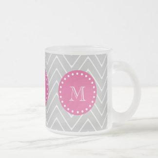 Rosas fuertes Chevron gris el su monograma Taza De Café