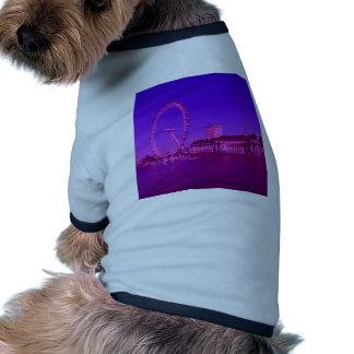 rosas fuertes de Londres Camiseta Con Mangas Para Perro