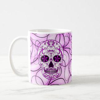 Rosas fuertes en el rosa - día del cráneo muerto taza clásica