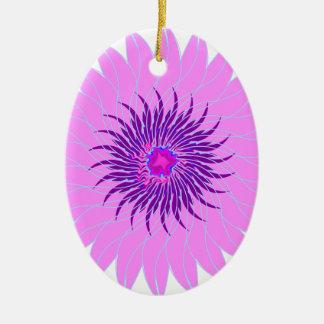 Rosas fuertes púrpuras lavendar de la flor adorno ovalado de cerámica