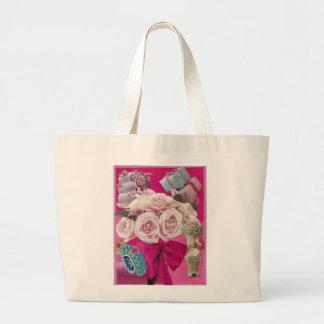 Rosas pálidos en rosas fuertes bolsa tela grande