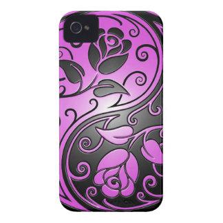 Rosas, púrpura y negro de Yin Yang iPhone 4 Cárcasa