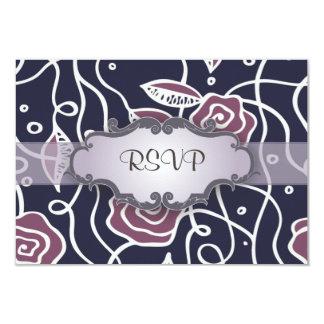 Rosas púrpuras del vitral con el letrero