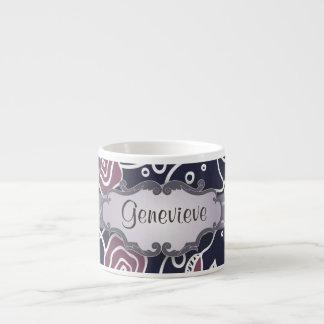 Rosas púrpuras del vitral con el letrero tazitas espresso