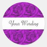 Rosas púrpuras elegantes - personalizable pegatina redonda